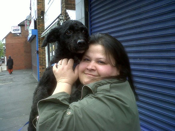 There was lots of excitement when Oliver reached his new home in Walsall. After a year apart it was an incredible reunion. Lucky Oliver's new home is above a chip shop — he was taken straight off to meet the lovely staff and doubtless a sausage or two will have gone his way!