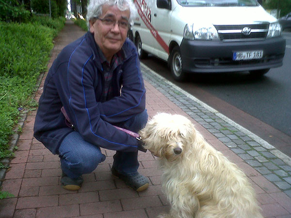 Angel arrived in Bremen where a special home-cooked chicken supper was waiting for her. She'll have a relaxing evening getting to know her new family and surroundings