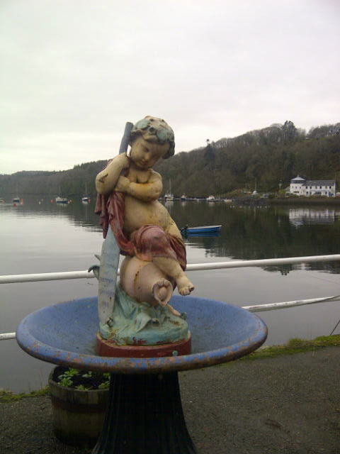 Tobermory fountain