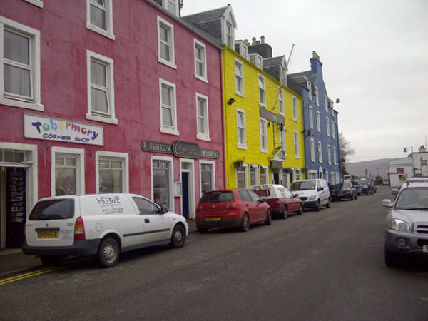 We had time before the ferry left to explore Tobermory, which younger followers of our blog will recognise as Balamory, the location of the eponymous BBC children's TV series