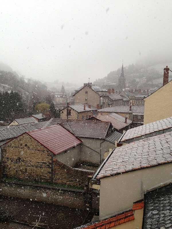 We woke to a scene from a Christmas card in Saint Flour this morning