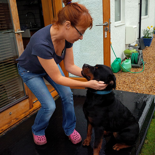 Mairi and Melissa meet for the first time…
