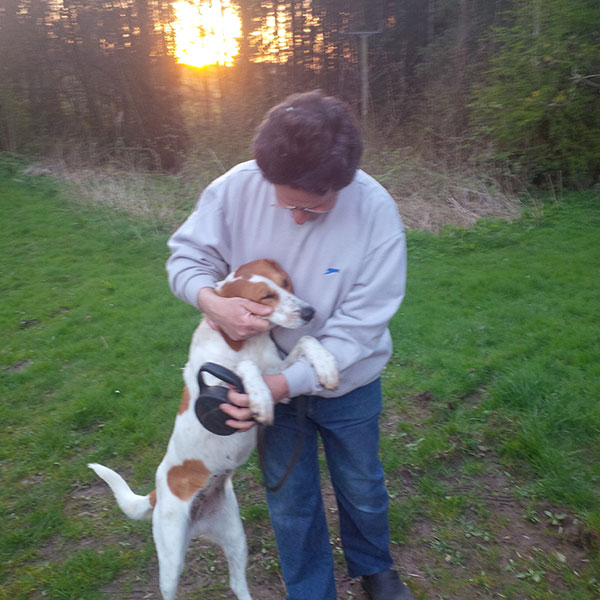… and Lina get a warm welcome from their owners in Scotland