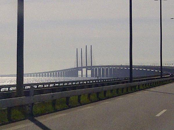The rather empty Øresund Bridge