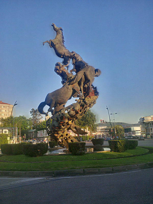 Seen in Vigo, north west Spain, a remarkable statue of horses galloping up what looks like a spine. Created by Xoán Xosé Oliveira, it's a tribute to the wild horses which used to roam the nearby Monte do Castro.