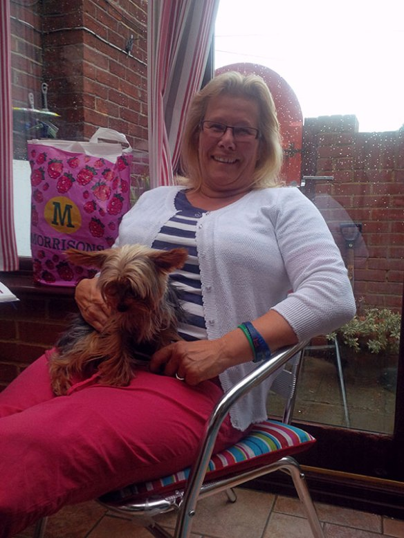 Lyn popped in with Lola to say hello to courier J