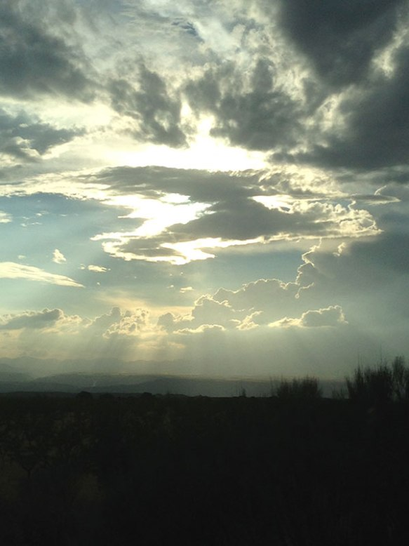 Near Granada we encountered some freaky weather conditions. Thick clouds and bright sunshine one moment…