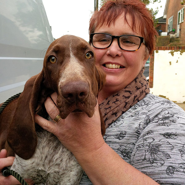 Young Bracco Italiano Victoria gets a rapturous welcome from Philippa